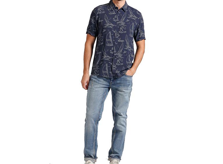 Camisa slim con diseño